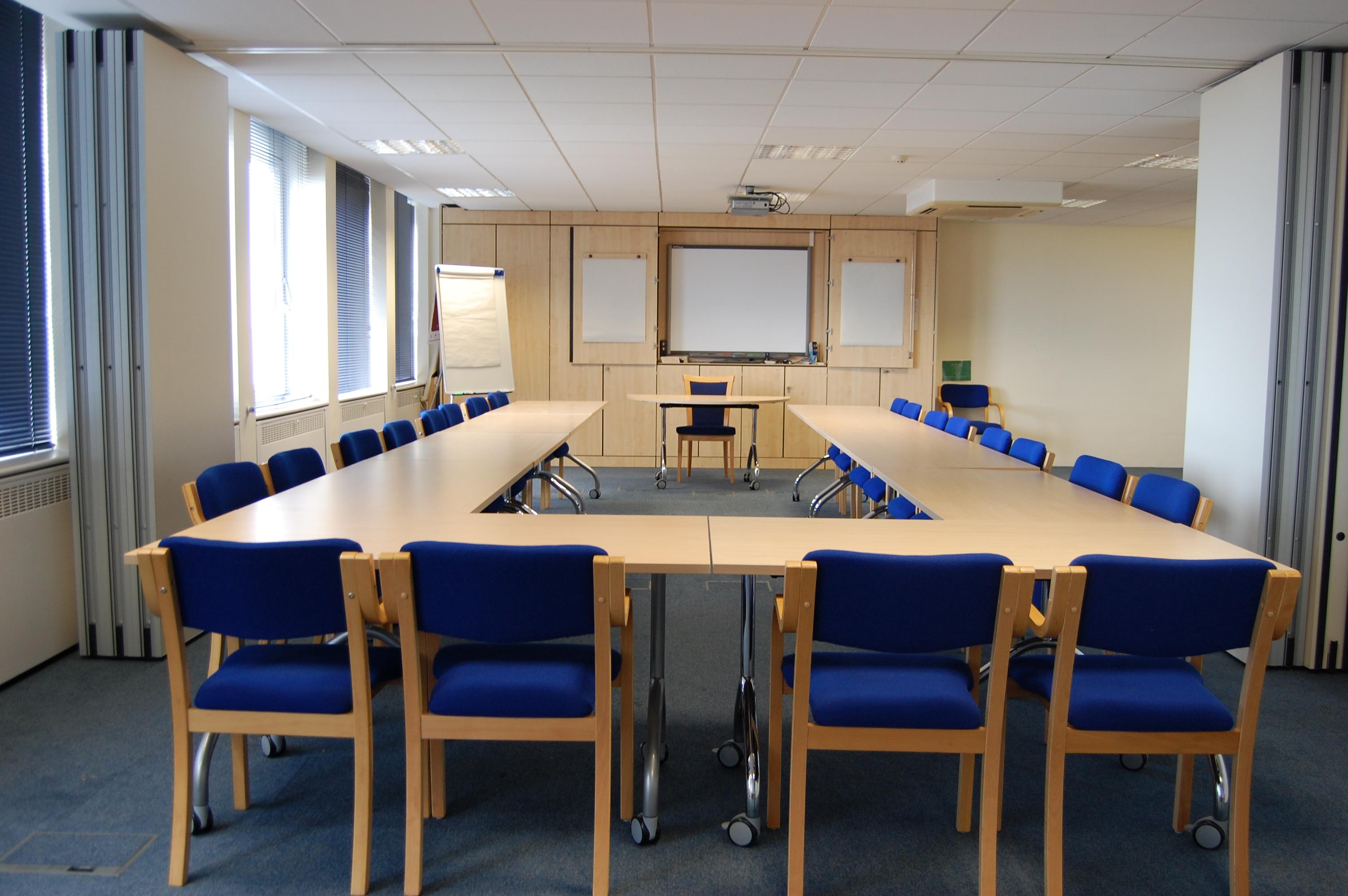 Maitland house training suite hire estuary for Training room design layout