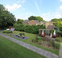 Photo of the garden at Oakham Court