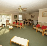 Photo of the communal lounge at Oakham Court